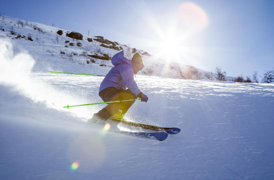 ski alpin et casque